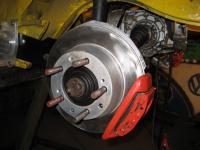 Porsche 944 brakes at the rear IRS