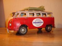 Tin can VW bus
