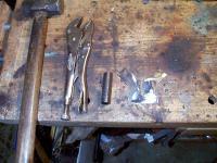 Splitty ladder hinge