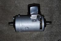 L21 thin slot generator & regulator
