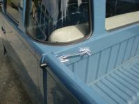 Blue corner window Double Cab