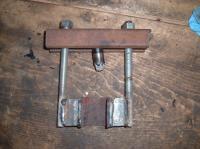 Bus steering wheel removal tool