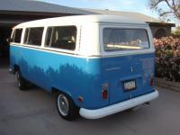 Betty the BLUE Bus!