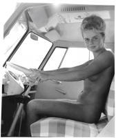 Woman camper with flip-seat Westfalia