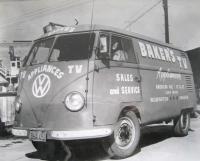 logo barndoor