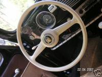Strange steeringwheel