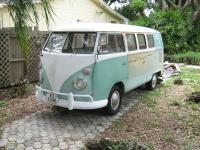 VW Bus front side