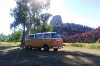 71 Deluxe Bus @ Devil's Tower in Wyoming