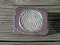 split dash board speaker