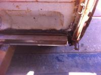 Grumpy's Metal Long Bed Double Cab-bulk head