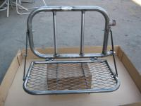 Burley Utility swing away tray