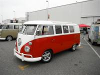 Red/White Standard Microbus with aftermarket sunroof