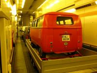 barndoor transport through eurotunnel