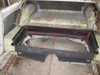 rear seat aperture