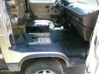 VW rubber mats and pedestals