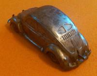 unidentified tin toy